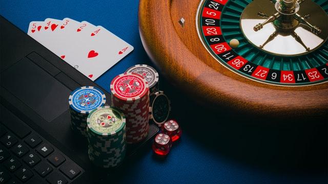 Poking The Basics Of The Poker On Betist